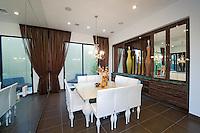Stock Dining Room & Wet Bar Photos