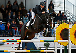 October 17, 2021: Tim Price (NZL), aboard Xavier Faer, competes during the Stadium Jumping Final at the 5* level during the Maryland Five-Star at the Fair Hill Special Event Zone in Fair Hill, Maryland on October 17, 2021. Jon Durr/Eclipse Sportswire/CSM