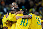 28.06.2010, Ellis Park Stadium, Johannesburg, RSA, FIFA WM 2010, Brazil (BRA) vs Chile.C (CHI), im Bild Players of Brazil celebrate after Juan scored. EXPA Pictures © 2010, PhotoCredit: EXPA/ Sportida/ Vid Ponikvar +++ Slovenia OUT +++