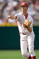 Oklahoma's Danny Black in Game 3 of the NCAA Division One Men's College World Series on Sunday June 20th, 2010 at Johnny Rosenblatt Stadium in Omaha, Nebraska.  (Photo by Andrew Woolley / Four Seam Images)