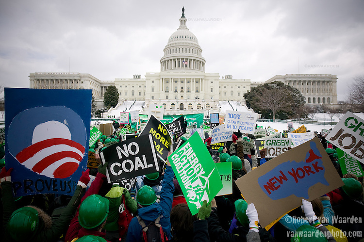 Power Shift Rally on Capitol Hill in Washington, D.C. ©Robert vanWaarden ALL RIGHTS RESERVED