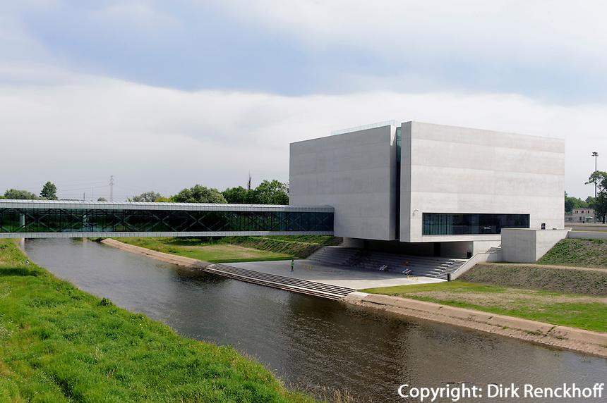 Neue Architektur auf der Dominsel in Posnan (Posen), Woiwodschaft Großpolen (Województwo wielkopolskie), Polen Europa<br /> Modern architecture on cathedral island in Posnan, Poland, Europe