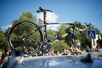 flashy conceptual, vintage-inspired, mondrian, Fortuneo-Vital Concept team bike by Look<br /> <br /> stage 11: Carcassonne - Montpellier (162km)<br /> 103rd Tour de France 2016