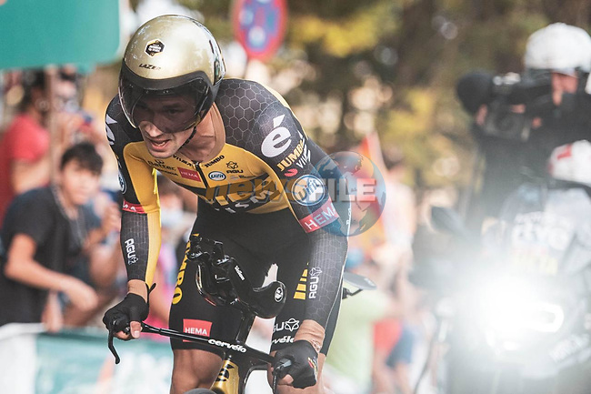 Defending Champion Primoz Roglic (SLO) Jumbo-Visma in action during Stage 1 of La Vuelta d'Espana 2021, a 7.1km individual time trial around Burgos, Spain. 14th August 2021. <br /> Picture: Unipublic/Charly Lopez | Cyclefile<br /> <br /> All photos usage must carry mandatory copyright credit (© Cyclefile | Unipublic/Charly Lopez)