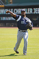 Pensacola Blue Wahoos pitcher Keyvius Sampson (32) warms up in the outfield prior to the game against the Jacksonville Suns at Bragan Field on the Baseball Grounds of Jacksonville on May 11, 2015 in Jacksonville, Florida. Jacksonville defeated Pensacola 5-4. (Robert Gurganus/Four Seam Images)