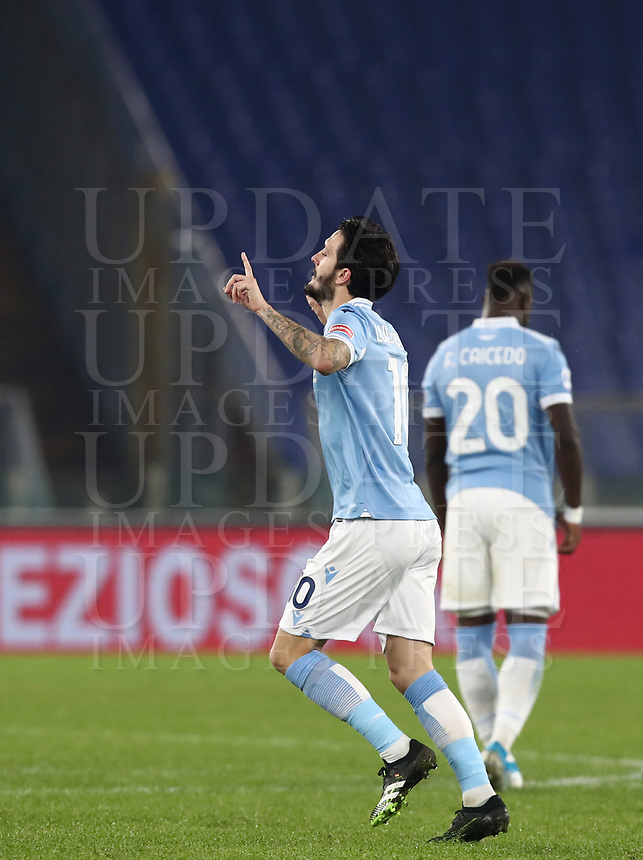 Calcio, Serie A: S.S.Lazio - Napoli, Olympic stadium, Rome, December 20, 2020. <br />  (l) in action with (r) during the Italian Serie A football match between Lazio and Napoli at the Olympic stadium, on December 20, 2020.<br /> UPDATE IMAGES PRESS/Isabella Bonotto