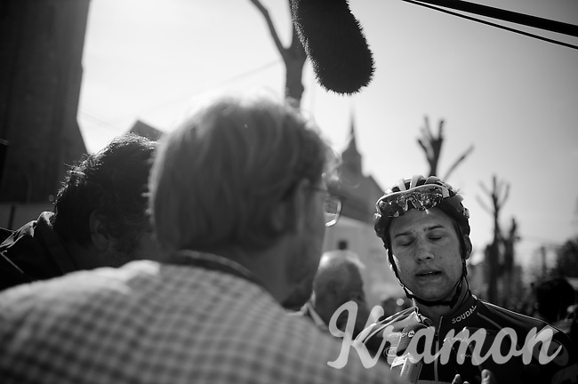 Tim Wellens (BEL/Lotto-Soudal) rode a remarkable finale as he went alone for the win on the penultimate climb of the day. He would only be caught with 500m to go. After the finish several media wanted to hear his story.<br /> <br /> 79th Flèche Wallonne 2015