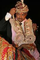 01.12.2008 Delhi(Haryana)<br /> <br /> Portrait of the groom at his arrival.<br /> <br /> Portrait du marié a son arrivée.