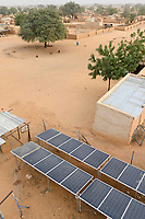 NIGER, Maradi, village Dan Bako,  Photovoltaic solar system  for water pumping / Solaranlage zum Wasser pumpen