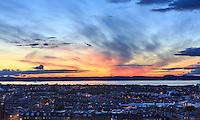 THEMENBILD - Sonnenuntergang, Edinburgh, Schottland, aufgenommen am 14. Juni 2015 // Sunset, Edinburgh, Scotland on 2015/06/14. Foto EXPA/ JFK/Insidefoto