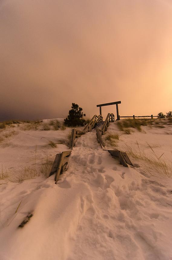 A cloudy, wintery evening along the Lake Superior shoreline. Marquette, MI