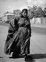Frau der Guajiro Indianer bei Maracaibo, Venezuela 1970er Jahre. Guajiro woman near Maracaibo, Venezuela 1970s.