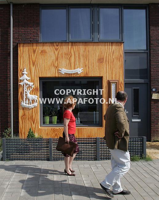 Lent, 140906<br /> Kunstgevels in de wijk Visveld. Rollingstonesstraat.<br /> Foto: Sjef Prins - APA Foto