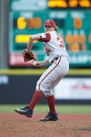 Arkansas Razorbacks relief pitcher Jake Reindl (34) in action against the Charlotte 49ers at Hayes Stadium on March 21, 2018 in Charlotte, North Carolina.  The 49ers defeated the Razorbacks 6-3.  (Brian Westerholt/Four Seam Images)