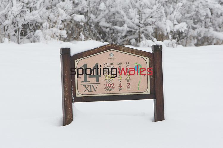 Celtic Manor Resort - Snow 2010.<br /> 13.01.10<br /> ©Steve Pope<br /> Sportingwales<br /> The Manor <br /> Coldra Woods<br /> Newport<br /> South Wales<br /> NP18 1HQ<br /> 07798 830089<br /> 01633 410450<br /> steve@sportingwales.com<br /> www.fotowales.com<br /> www.sportingwales.com<br /> ©Steve Pope<br /> Sportingwales<br /> The Manor <br /> Coldra Woods<br /> Newport<br /> South Wales<br /> NP18 1HQ<br /> 07798 830089<br /> 01633 410450<br /> steve@sportingwales.com<br /> www.fotowales.com<br /> www.sportingwales.com