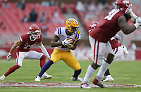 LSU tight end Arik Gilbert (2) carries the ball, Saturday, November 21, 2020 during the third quarter of a football game at Donald W. Reynolds Razorback Stadium in Fayetteville. Check out nwaonline.com/201122Daily/ for today's photo gallery. <br /> (NWA Democrat-Gazette/Charlie Kaijo)