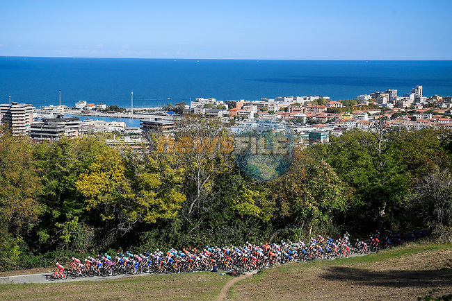 The peloton ride along the coast during Stage 11 of the 103rd edition of the Giro d'Italia 2020 running 182km from Porto Sant'Elpidio to Rimini, Italy. 14th October 2020.  <br /> Picture: LaPresse/Fabio Ferrari | Cyclefile<br /> <br /> All photos usage must carry mandatory copyright credit (© Cyclefile | LaPresse/Fabio Ferrari)