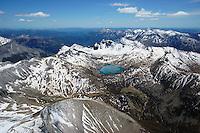 Lac de Allos: EUROPA,  FRANKREICH, ALPES MARITIMES 20.05.2016: Der  Lac d Allos  ist ein See bei 2220 Höhenmetern im  Nationalpark Mercantour im Gebiet der Alpes-de-Haute-Provence. Der Lac d Allos ist der groesste natuerliche Bergsee  Europas . Er umfasst 60 Hektar und hat eine Tiefe von bis zu 50 m. <br /> Der Gletschersee, hat es eine große Population von Forellen und Saiblingen.