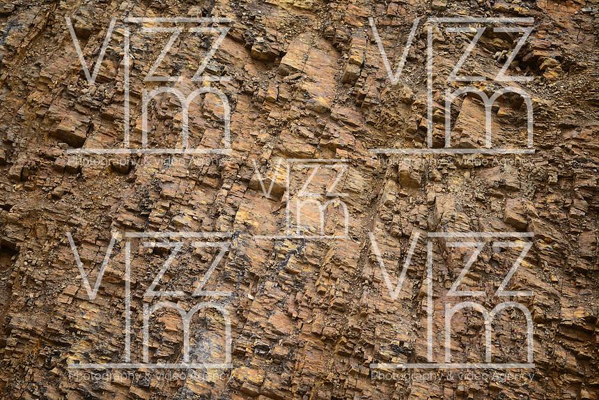 BOGOTÁ-COLOMBIA-14-01-2013.  Textura piedra color cafe./ Brown stone texture. Photo: VizzorImage/STR