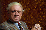 English writer Anthony Burgess poses during portrait session held on February 28, 1989 in Paris, France. Anthony Burgess, English writer in 1989.