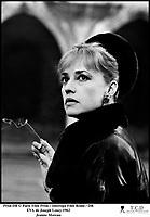 Prod DB ©Paris Film Prod. / Interopa Film Rome / DR<br /> EVA (EVA) de Joseph Losey 1962 FRA/ITA<br /> d'aprËs le roman de James Hadley Chase<br /> avec Jeanne Moreau<br /> portrait, cigarette, ÈlÈgance
