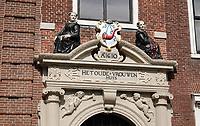 Nederland - Hoorn- 2020.  Het Oude Vrouwenpoortje uit de zeventiende eeuw. Toegang naar het vroegere Oude Vrouwen Huys.  Foto ANP / HH / Berlinda van Dam