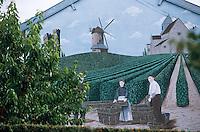 Europe/France/Champagne-Ardenne/51/Marne/Louvois: Mur peint d'une maison de champagne