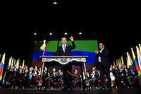 BOGOTA - COLOMBIA -24-11-2016: Juan Manuel Santos, Presidente de Colombia y Rodrigo Londoño, Comandante de las Fuerzas Armadas Revolucionarias de Colombia Ejercito del Pueblo, durante la firma del nuevo acuerdo de Paz entre el gobierno de Colombia y la guerrilla de izquierda de las Fuerzas Armadas Revolucionarias de Colombia Ejercito del Pueblo (FARC EP) / Juan Manuel Santos, President of Colombia and Rodrigo Londoño, Commander of the Revolutionary Armed Forces of Colombia People's Army, during the signing of the new peace agreement between the government of Colombia and leftist guerrillas of the Revolutionary Armed Forces of Colombia People's Army (FARC EP). Photo: VizzorImage / Cesar Carrion / SIG / Cont