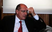 SAO PAULO, SP, 02 DE DEZEMBRO DE 2011 - ENCONTRO CHRISTINE LARGADE - O governador do Estado Geraldo Alckmin durante encontro com a diretora do Fundo Monetários Internacional na Palacio dos Bandeirantes na tarde desta sexta-feira, 02. (FOTO: WILLIAM VOLCOV - NEWS FREE).