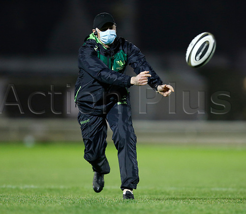 14th November 2020; Galway Sportsgrounds, Galway, Connacht, Ireland; Guinness Pro 14 Rugby, Connacht versus Scarlets; Connacht head coach Andy Friend takes part in the warm up