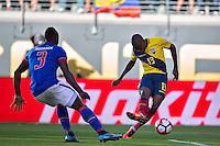 Action photo during the match Ecuador vs Haiti at MetLife Stadium Copa America Centenario 2016. ---Foto  de accion durante el partido Ecuador vs Haiti, En el Estadio MetLife Partido Correspondiante al Grupo - B -  de la Copa America Centenario USA 2016, en la foto: (i)-(d) Jerome Mechack Enner Valencia<br /> <br /> -- 12/06/2016/MEXSPORT/Javier Ramirez.