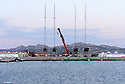 """Louis Vuitton Trophy La Maddalena 20 maggio 2010. Mancano ormai solo due giorni all'inizio delle regate. Le quattro barche su cui si disputerà il Trophy sono ancora a terra nella """"zona tecnica"""""""