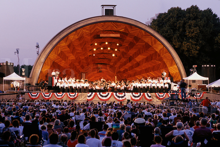 Outdoor concert, Boston Pops, Hatch Shell, Boston, MA