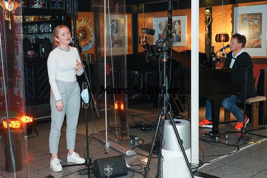 Lea Hieronymus zu Gast beim Livestream-Pianoabend von Ralf Baitinger - Moerfelden-Walldorf 27.02.2021: Pianoabend mit Ralf Baitinger & Friends