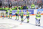 Die Starting Six des ERC Ingolstadt mit Morgan Ellis (Nr.4 - ERC Ingolstadt), Mathew Bodie (Nr.22 - ERC Ingolstadt), Louis-Marc Aubry (Nr.11 - ERC Ingolstadt), Petrus Palmu (Nr.52 - ERC Ingolstadt), Ryan Kuffner (Nr.12 - ERC Ingolstadt) und Torwart Michael Garteig (Nr.34 - ERC Ingolstadt) beim Spiel in der Gruppe Sued der DEL, Adler Mannheim (dunkel) - ERC Ingolstadt (hell).<br /> <br /> Foto © PIX-Sportfotos *** Foto ist honorarpflichtig! *** Auf Anfrage in hoeherer Qualitaet/Aufloesung. Belegexemplar erbeten. Veroeffentlichung ausschliesslich fuer journalistisch-publizistische Zwecke. For editorial use only.
