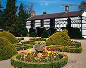 Tom Mackie, FLOWERS, photos, Plas Newydd, Llangollen, Clwyd, Wales, GBTM955331-2,#F# Garten, jardín