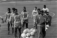 Pix:Michael Steele/SWpix...Soccer. Brazilian National Team...COPYRIGHT PICTURE>>SIMON WILKINSON..The Brazilian National Team after training.