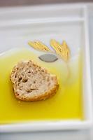 Europe/France/Provence-Alpes-Côte d'Azur/06/Alpes-Maritimes/Grasse: dégustation de l'huile d'olive de  La Bastide Saint-Antoine  chez  Jacques Chibois