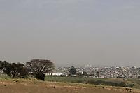 Campinas (SP), 12/09/2020 - Clima - A cidade de Campinas (SP) amanheceu com uma espessa camada de fumaca na manha deste sabado (12), a fumaca pode ser vista em varios bairros da cidade.<br />Segundo a previsao do Cepagri (Centro de Pesquisas Meteorologicas e Climaticas Aplicadas a Agricultura) da Unicamp, a temperatura maxima deve chegar aos 35ºC e a minima nao deve passar dos 21ºC. A umidade relativa do ar deve ficar abaixo dos 20%, o que fara com que a cidade permaneca em estado de alerta. (Foto: Denny Cesare/Codigo 19/Codigo 19)