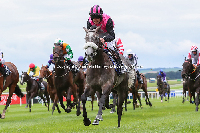 September 12, 2021: Big Gossey #12, ridden by jockey Mick Hussey wins the Bold Lad Sprint Handicap on the turf on Irish Champions Weekend at Curragh Racecourse in Kildare, Ireland on September 12th, 2021. Shamela Hanley/Eclipse Sportswire/CSM