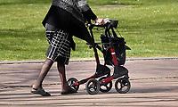 Nederland april 2019.   Let op: foto heeft klein formaat.  Vrouw met rollator. Foto Berlinda van Dam / Hollandse Hoogte