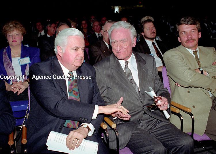 April 1992 File Photo - <br /> Union des Municipalites du Quebec convention in April -<br /> Ralph Mercier, UMQ President and Mayor of Charlesbourg (L), Claude Ryan, Quebec Minister of Municipal Affairs (R)