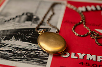 BNPS.co.uk (01202 558833)<br /> Pic: ZacharyCulpin/BNPS<br /> <br /> Pictured: The rear of the locket. <br /> <br /> A gold locket the tragic violinist on the Titanic gave to his sweetheart before he boarded the ill-fated liner has emerged for sale for £20,000.<br /> <br /> Maria Robinson kept hold of the treasured item that contained a photograph of fiance Wallace Hartley.