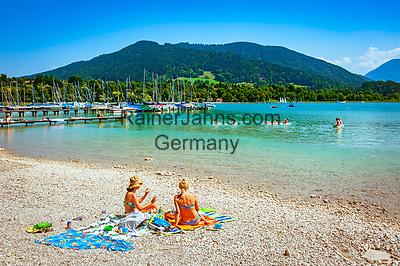Deutschland, Bayern, Oberbayern, Tegernseer Tal, Gmund: Strandbad am Tegernsee | Germany, Upper Bavaria, Tegernsee Valley, Gmund: lido at Lake Tegernsee