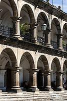 Guatemala, Rathaus Ayuntamiento (Real Cabildo) an der Plaza Mayor  in Antigua