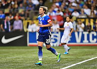 New Orleans, Louisiana - Wednesday, December 16, 2015: The USWNT go down 0-1 to China early in the second half during their Victory Tour at Mercedes-Benz Superdome.