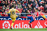 Angel Correa (R) of Atletico de Madrid fights for the ball with Juan Pedro Ramirez Lopez, Juanpe, of Girona FC during the La Liga 2017-18 match between Atletico de Madrid and Girona FC at Wanda Metropolitano on 20 January 2018 in Madrid, Spain. Photo by Diego Gonzalez / Power Sport Images