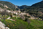 Spanien, Mallorca, Valldemossa: Bergdorf im Nordwesten der Insel in der Region der Serra de Tramuntana | Spain, Mallorca, Valldemossa: mountain village in the Northwest of the island in the Serra de Tramuntana mountains