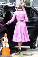 NEW YORK, NY - July 19: Sarah Jessica Parker on the set of the HBOMax Sex and the City reboot series And Just Like That on July 19, 2021 in New York City. <br /> CAP/MPI/RW<br /> ©RW/MPI/Capital Pictures