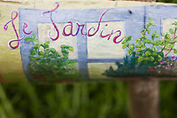 Europe/France/Pays de la Loire/85/Vendée/Marais Poitevin/Vix:Détail du jardin  de fines-herbes d'Isabelle et Médéric Besnard à la  Ferme-auberge Du Montnomme